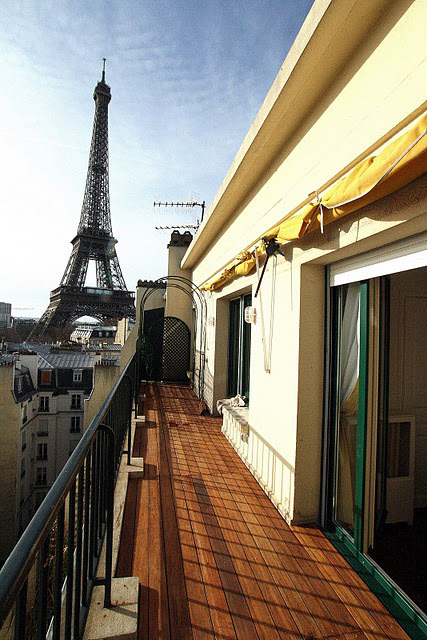 Paris Eiffel Terrace Rental Apartment