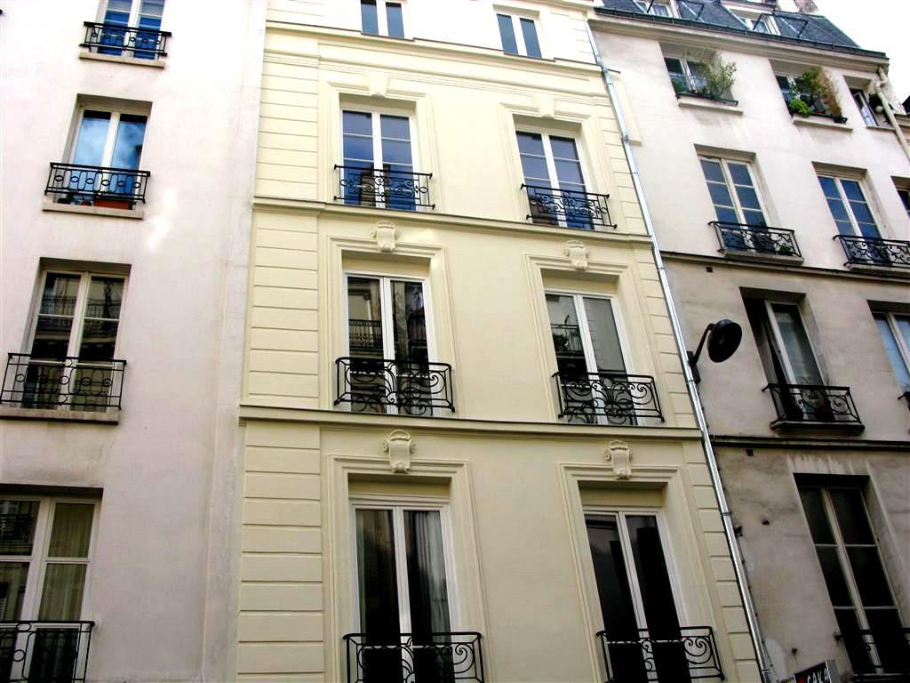 Exterior: Paris Mazarine 3 Rental Apartment