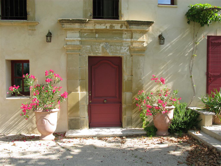 Le mas d 39 henriette rental house in provence for Provence homes